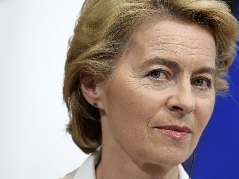 Būsimoji EK vadovė: visa Europa didžiuojasi Baltijos kelio drąsa