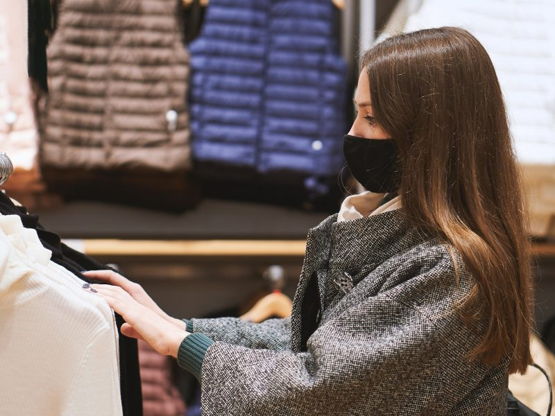Prekybininkai rengiasi atidarymui, kai kurie dar aiškinasi sąlygas