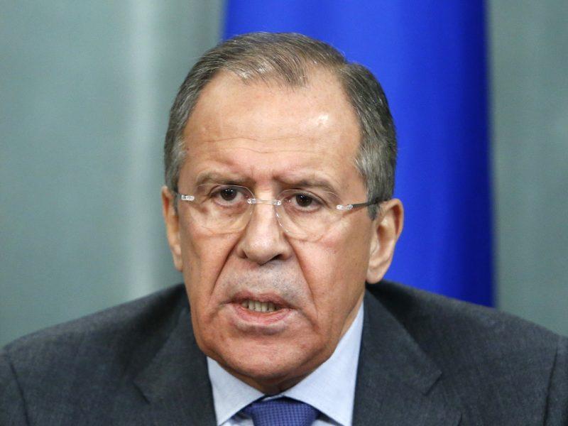 S. Lavrovas: NATO aktyvumas prie mūsų sienų kelia nerimą