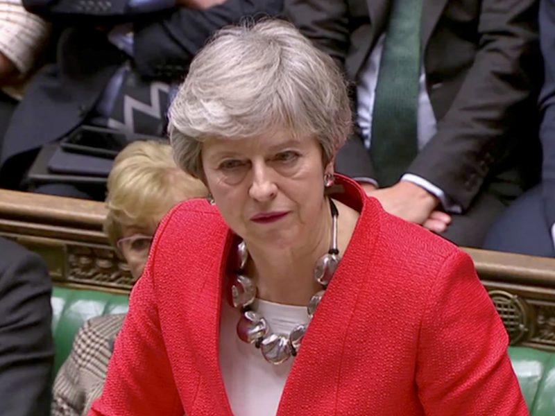"""Th. May siunčia laišką į Briuselį su prašymu atidėti """"Brexit"""""""