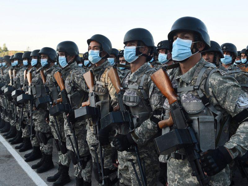 Baimindamasi Talibano, Tadžikistano kariuomenė stiprina parengtį