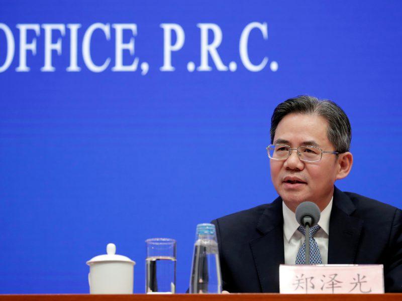 JK parlamentas neįsileidžia Kinijos ambasadoriaus