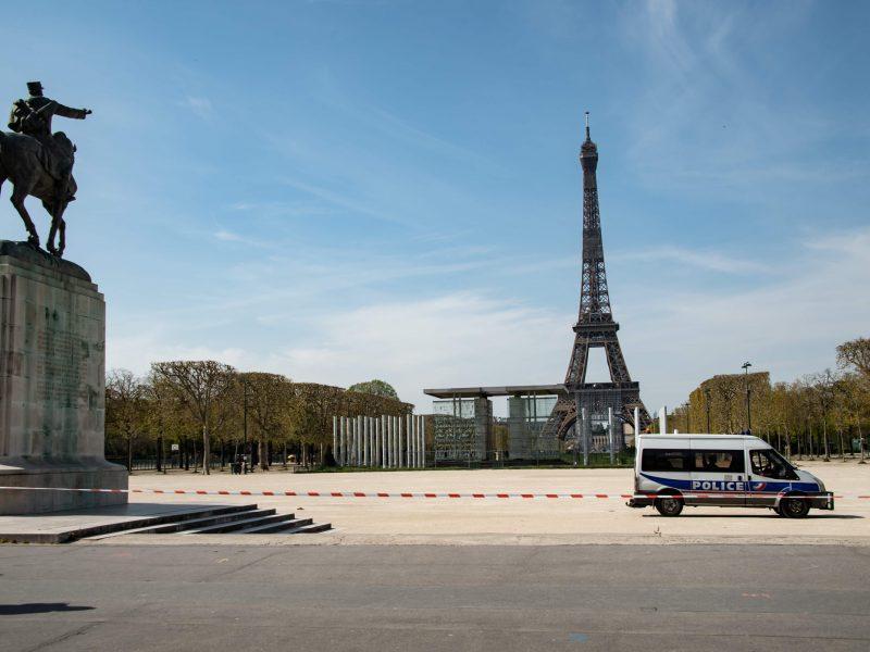 Prancūzijoje mirčių nuo koronaviruso skaičius viršijo 10 000