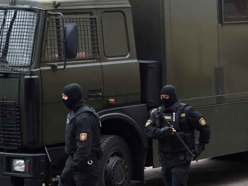 Keli žymūs Baltarusijos valstybinėje žiniasklaidoje dirbę žurnalistai išėjo iš darbo