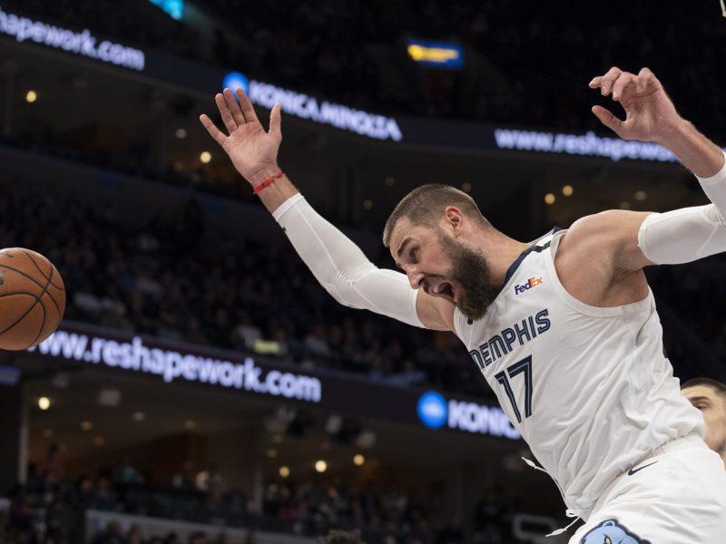 J. Valančiūnas pasiekė asmeninį atkovotų kamuolių rekordą NBA