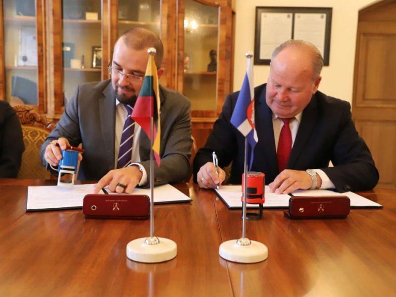 Sutartimi įtvirtinta Kauno rajono savivaldybės ir KTU draugystė