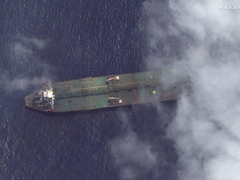 Didžioji Britanija: Iranas sulaužė pažadą dėl naftos pardavimo Sirijai