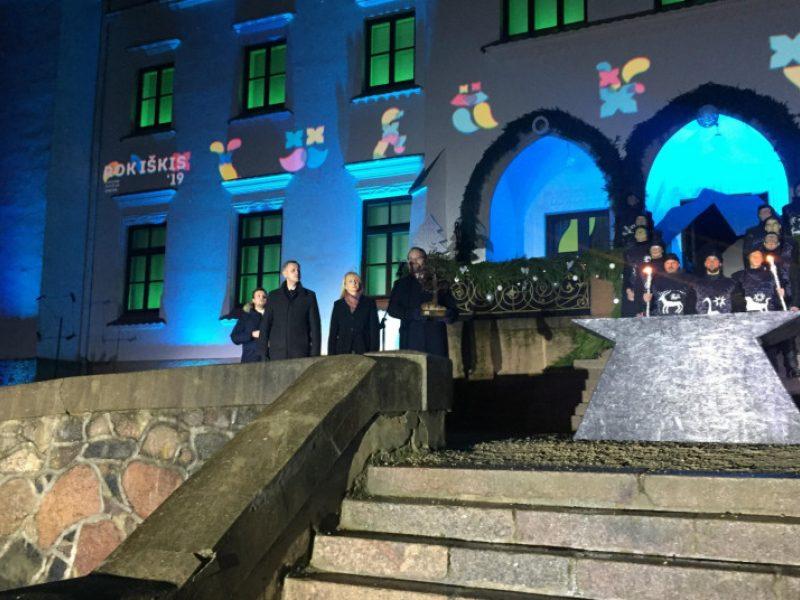 Šių metų Lietuvos kultūros sostinė Rokiškis perdavė estafetę Trakams