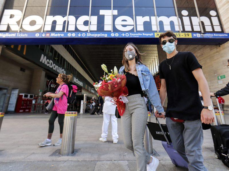 Italijoje pastarąją parą koronaviruso aukomis tapo 71 žmogus