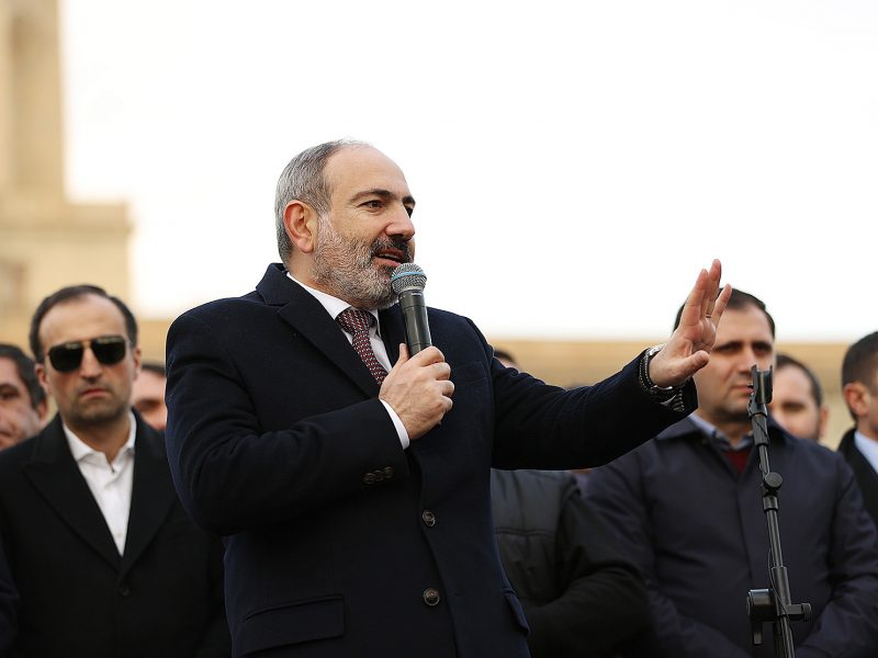 Armėnijos premjeras pasirengęs naujiems rinkimams