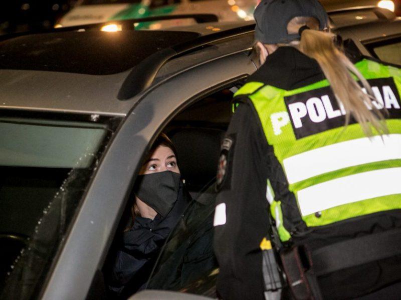Policija skyrė 122 nuobaudas už karantino pažeidimus