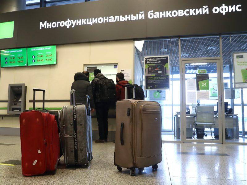 Maskvos oro uostas sako nepriimsiantis žurnalistų, norinčių nušviesti A. Navalno sugrįžimą
