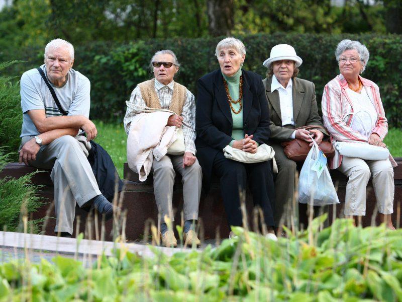 Dalis neapsisprendusių dėl pensijų kaupimo galės tai padaryti vėliau