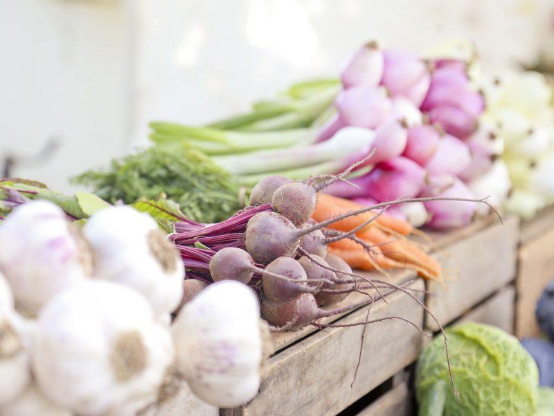 Vykdoma sezoninių vaisių ir daržovių kontrolė