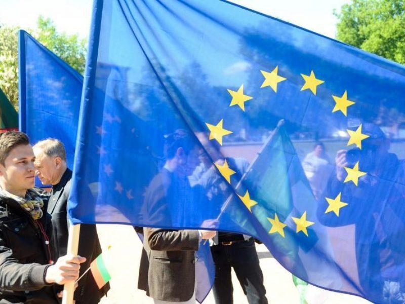 Dešimtmetis ES: pažangūs, bet liūdni