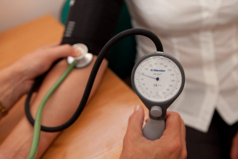 namų širdies sveikatos patikrinimai