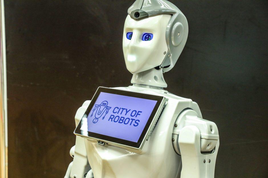 robotų prekybos įmonės saulė