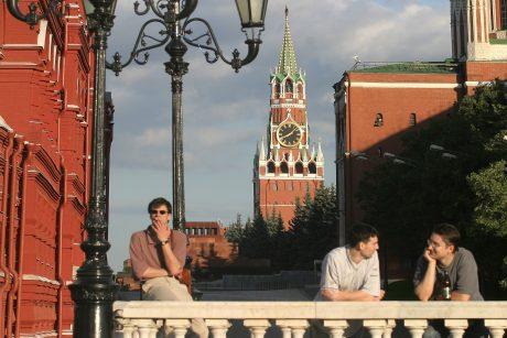 URM kreipsis į VSD dėl informacijos apie garbės konsulo Šveicarijoje ryšius su Kremliumi
