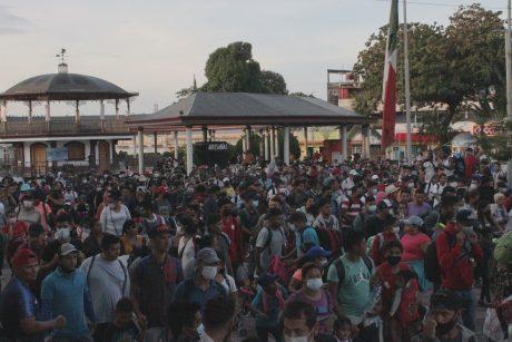 Meksikoje Jungtinių Valstijų link pajudėjo migrantų karavanas