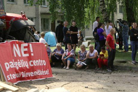Prie Vyriausybės – Dieveniškių bendruomenės protestas prieš migrantus