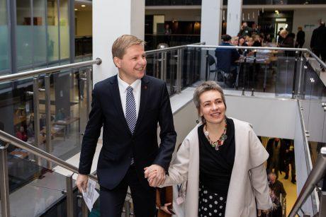 Vilniaus meras R. Šimašius skiriasi su žmona