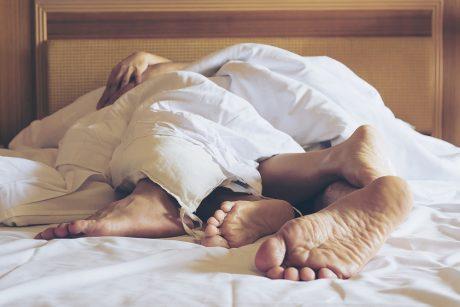 Sveikatos specialistė: seksas COVID-19 laikais gali būti sudėtingas