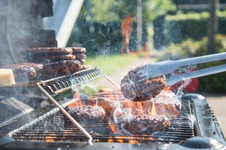 Virtuvės šefo patarimai grilio mėgėjams: laisvė eksperimentams ir dėmesys detalėms