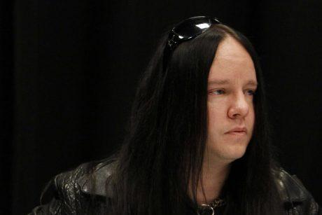 """Buvęs sunkiojo roko grupės """"Slipknot"""" būgnininkas J. Jordisonas mirė būdamas 46-erių"""