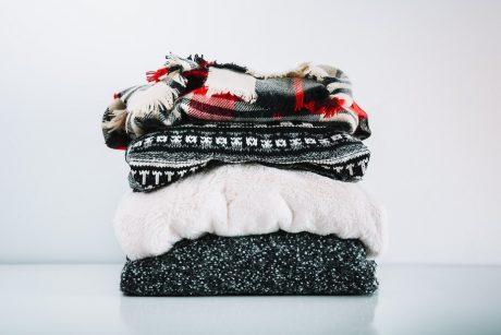 Vilniuje moterį užpuolęs vyras iš jos namų pagrobė šaliką ir megztinį