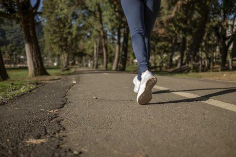 greitas ėjimas prilygsta bėgimui širdies sveikatos tyrimams hipertenzijos gydymas 3-4 laipsniais