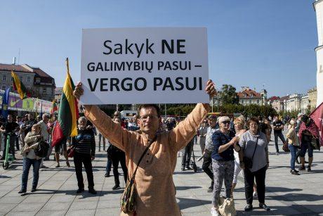 Vilniuje rengiamas dar vienas mitingas prieš COVID-19 ribojimus nepasiskiepijusiems