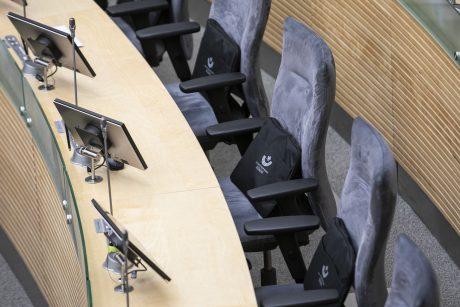 Trys Seimo nariai siūlo naikinti prievolę atsiklausti gyventojų dėl pokyčių seniūnijose