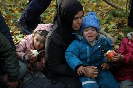 Aukšto rango pareigūnas: Baltarusija iš migrantų uždirba milijonus