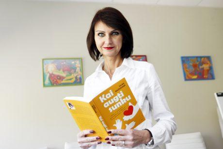 Skaudi psichologės patirtis sugulė į knygą