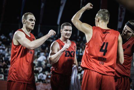 Trijulių krepšinio elite įsitaisiusios Lietuvos komandos norėtų susikauti pasaulio turo finale