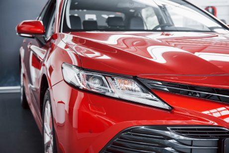 """""""AutoTyrimai"""": balandį naujų lengvųjų automobilių registravimas išaugo beveik 153 proc."""