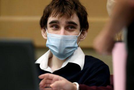 Advokatas: Parklando mokyklos šaulys pripažins kaltę dėl 17 žmonių nužudymo