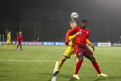 Lietuvos futbolo rinktinei – skaudus šveicarų kirtis