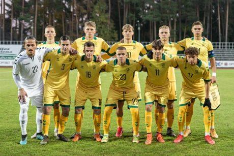 Septynių minučių atkarpa jauniesiems Lietuvos futbolininkams lėmė triuškinamą nesėkmę