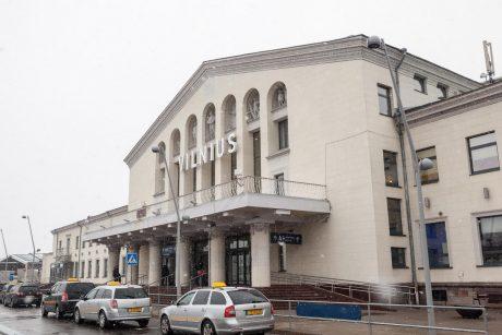 Šalia Vilniaus oro uosto atsiras tūkstantis naujų automobilių stovėjimo vietų