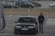 Kaune siautėja už degalus nenorintis mokėti vairuotojas <span style=color:red;>(gal atpažįstate?)</span>