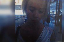 Šiaulių policija ieško vaizdo kameromis užfiksuotos moters <span style=color:red;>(gal atpažįstate?)</span>